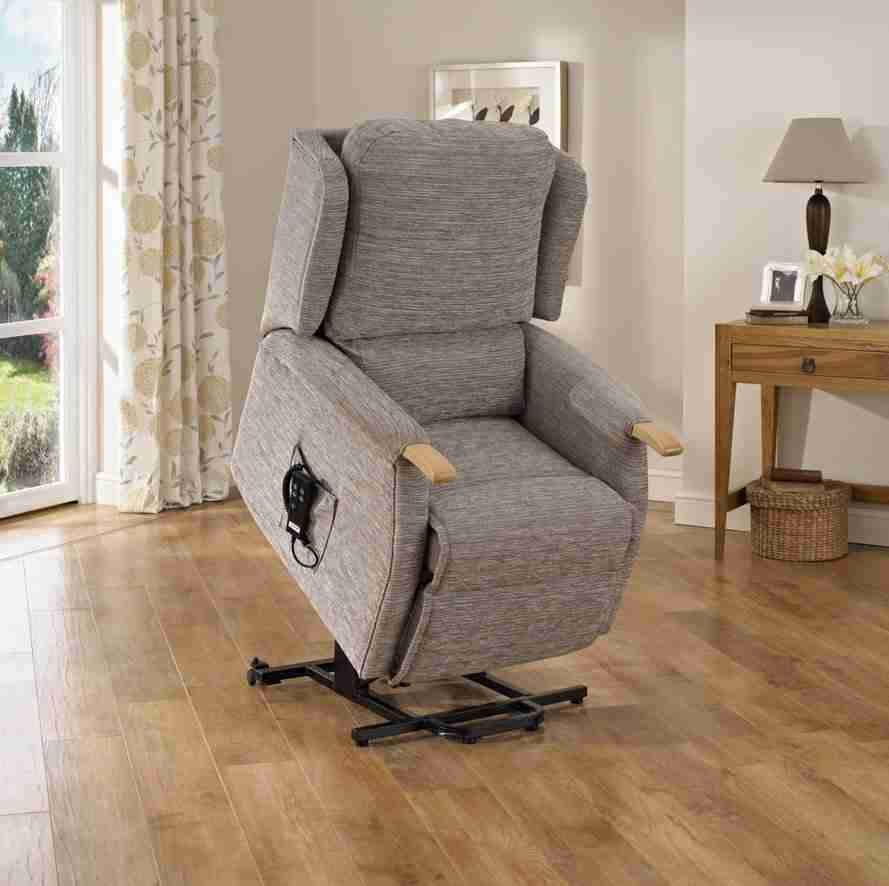 uppingham-lift-and-recline-chair