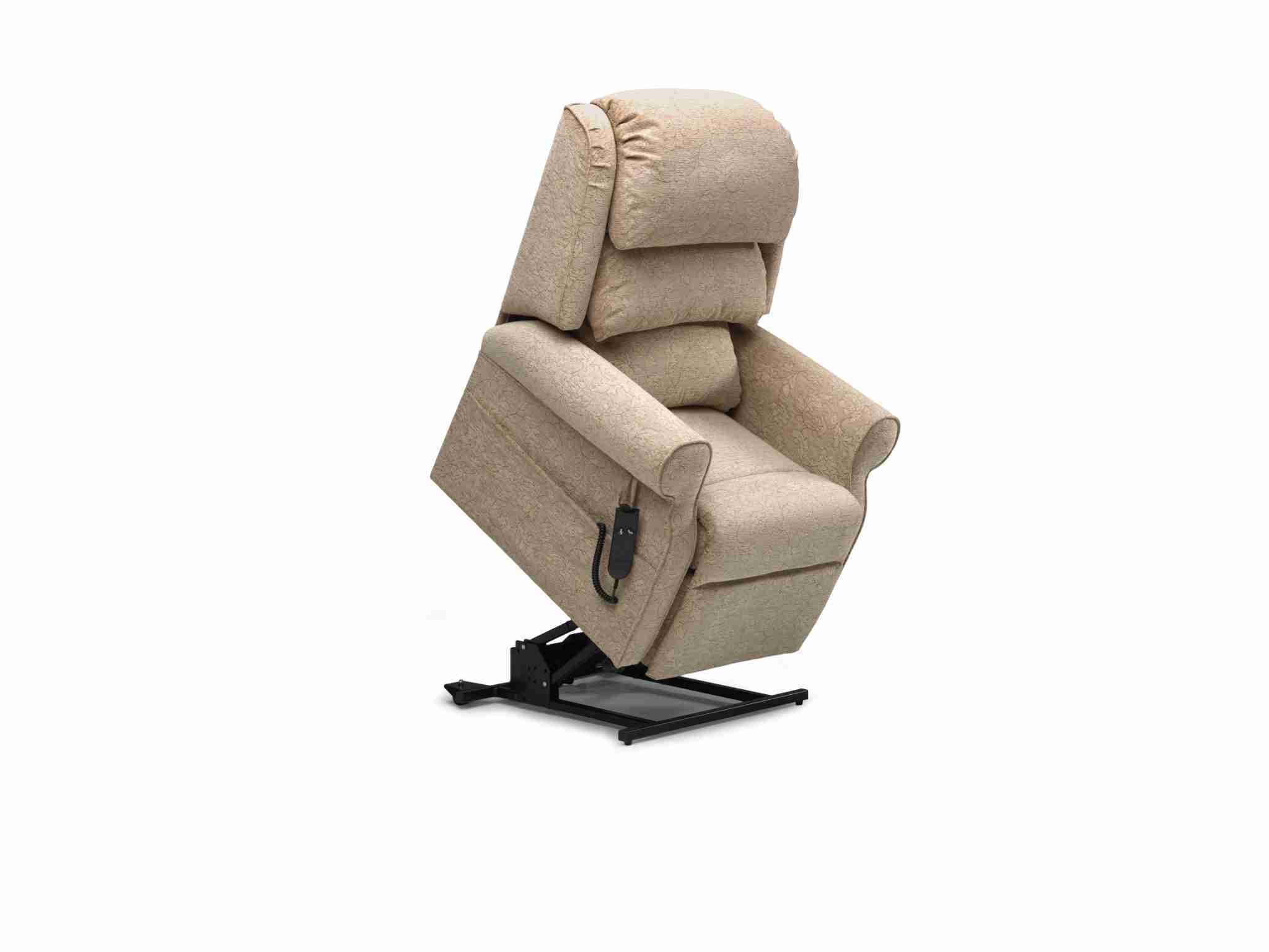Berkshire WF Chair Repose04